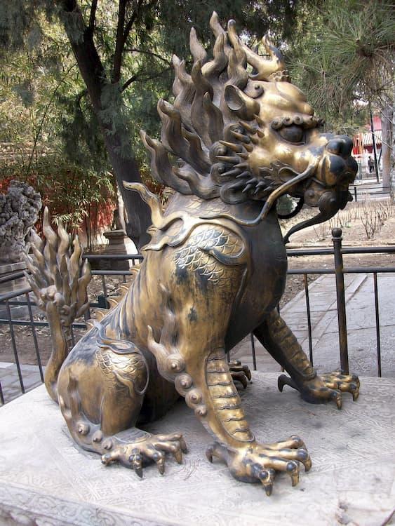 leones de fu perro dorado